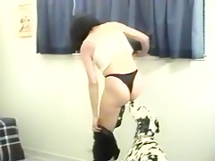 Unfaithful woman fucks with dog